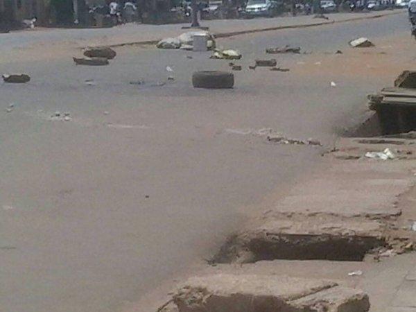 Les forces de l'ordre ouvrent le bal des violences ce premier jour de manifestation pacifique