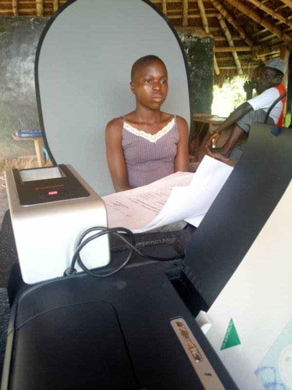 Faute de pouvoir convaincre les adultes à s'inscrire, la dictature togolaise fait enrôler les enfants.