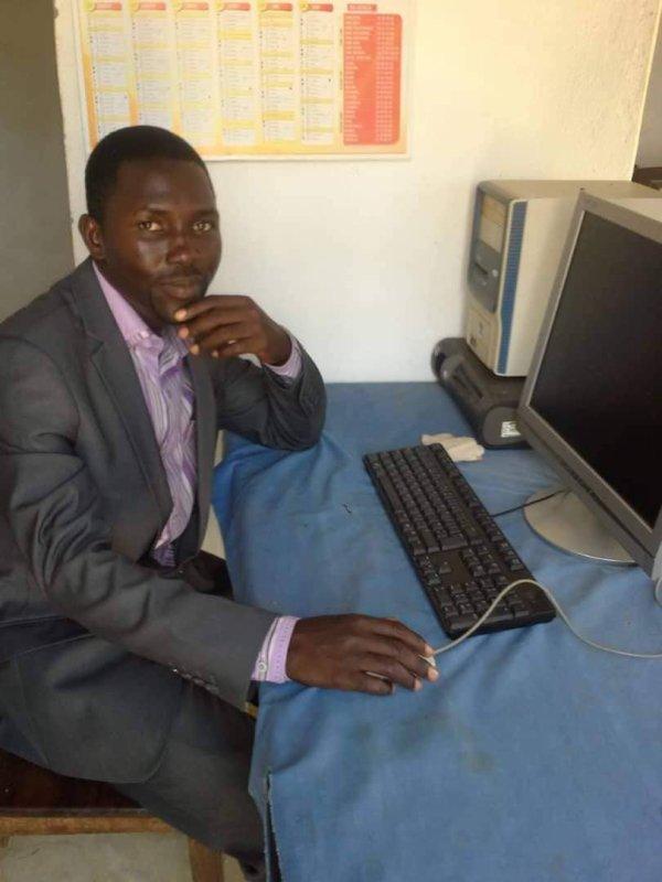 Un ans jour pour jour, Akondo Mutaka a été tué par les milices du régime rptunir.