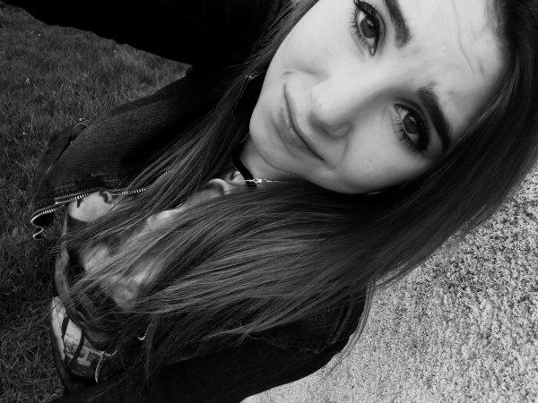 Tu m'as appris à t'aimer, mais pas à t'oublier..