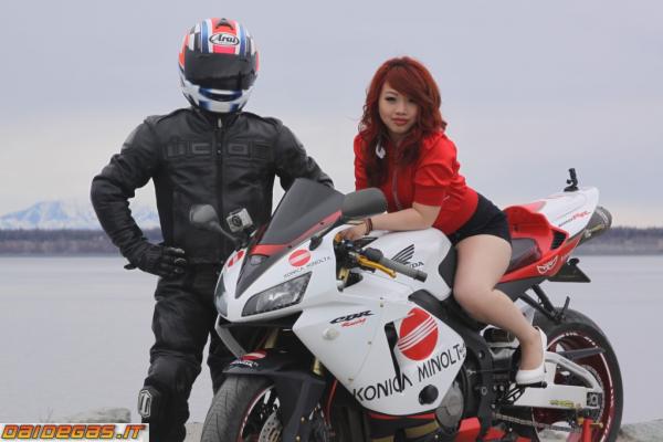 Motos et babes