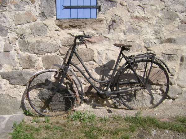 Vélos au détour d'un chemin