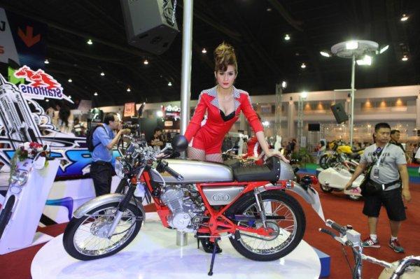 Charme et moto