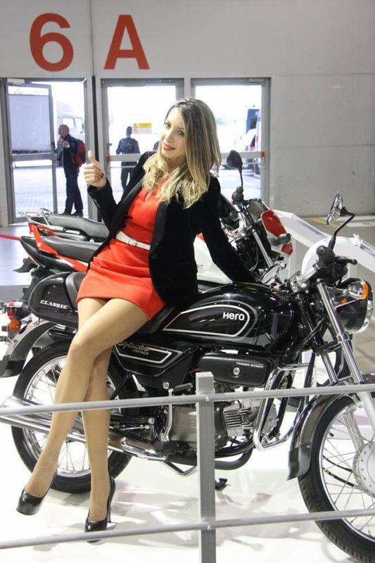 salon de la moto de milan ma passion pour les motos. Black Bedroom Furniture Sets. Home Design Ideas