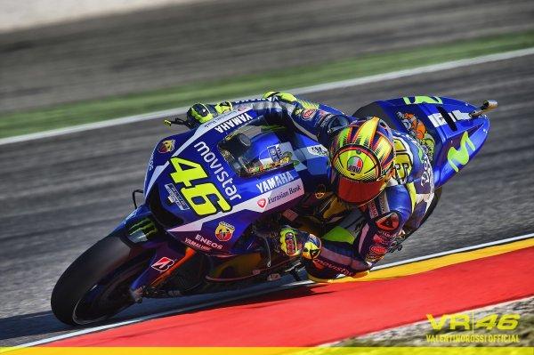 MOTO GP : Valentino rossi, le vrai champion du monde 2015