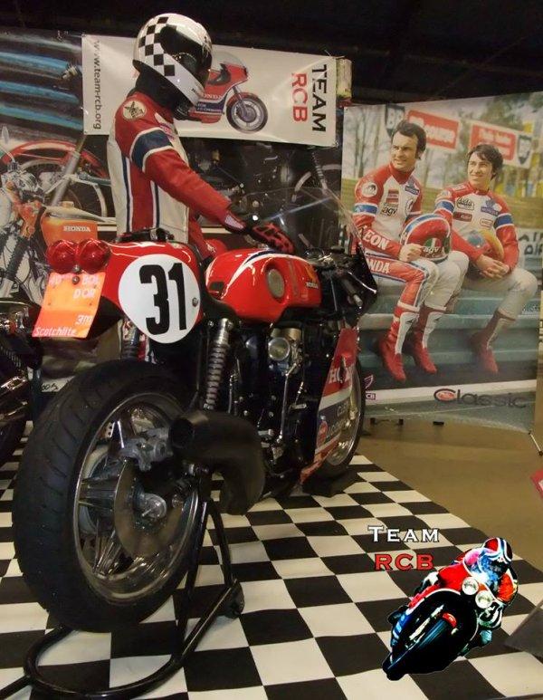 HONDA RCB au salon moto légende