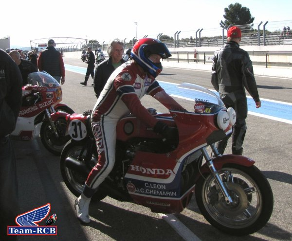Le team RCB en action au castellet