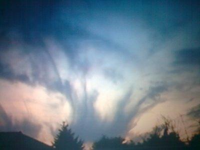 Un jour, le ciel nous a fais un signe... =)