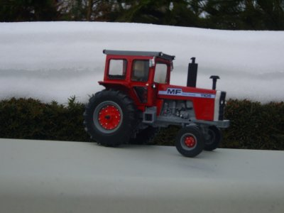 MF 1105