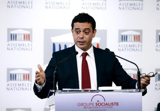 Cécile Duflot et le PS Razzy Hammadi chargent Manuel Valls