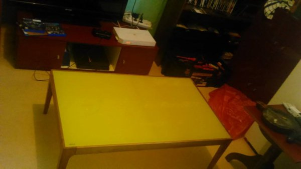 ma nouvelle table de salon ...........