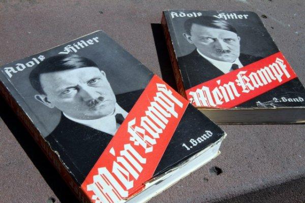 «L'oublier serait insulter les morts. Le brûler, adopter la méthode des nazis»