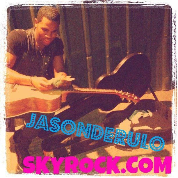 Ta source sur le chanteur Jason Derulo