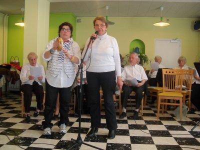 """chorale """"la sereno"""" a MALAUCENE. au centenaire le 04 mars 2011"""