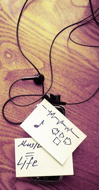 Musique...Action.