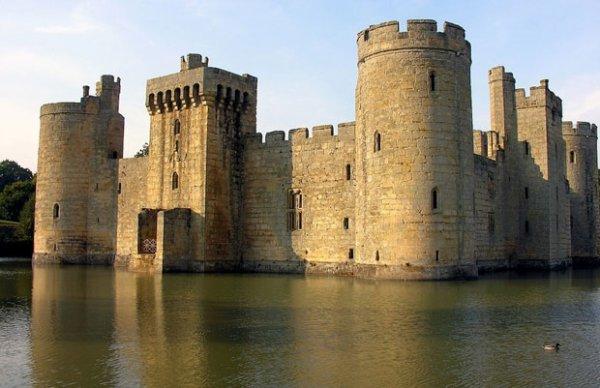 Les 33 plus beaux lieux abandonn s dans le monde merci for Le chateau le plus beau du monde