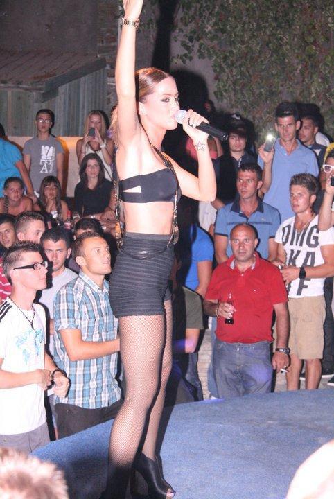 Kosovo tour = Duffye albanians Quen!