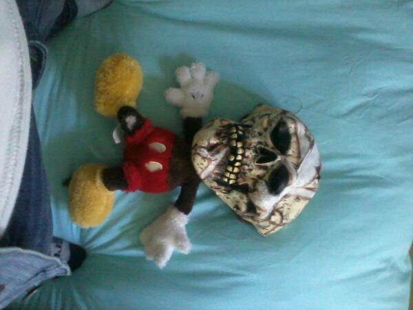 Mickey zombifié