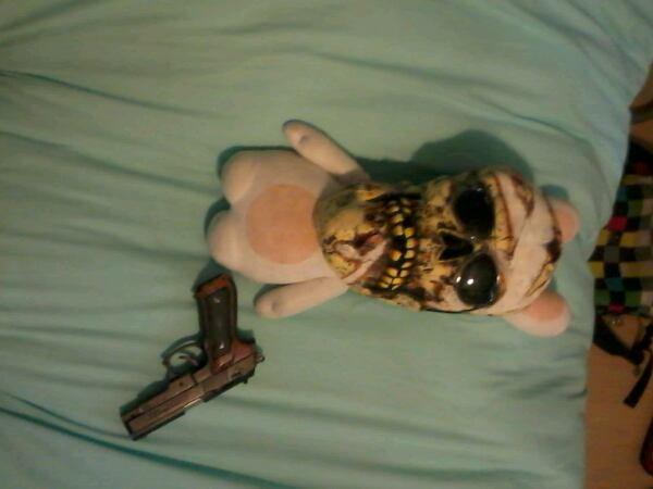 Lapin crétin tueur zombifié