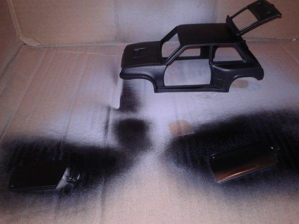 R5 TURBO avec sa nouvelle peinture noir mate