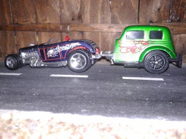 hot wheels deuce roadster et sa remorque maisto ford  hot rod