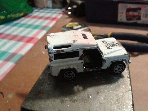 majorette land rover épave