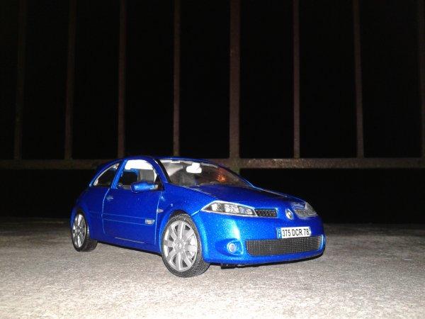 Burago  Renault Megane Sport