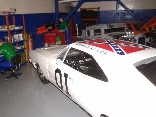 maquette dodge charge general lee 1/24