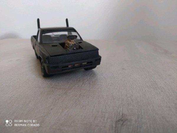 Toyota hilux rat style