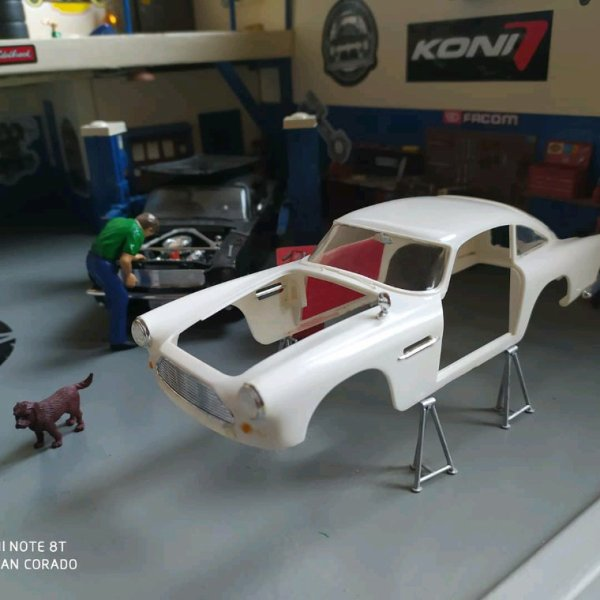 Aston Martin DB4 Rat's punk