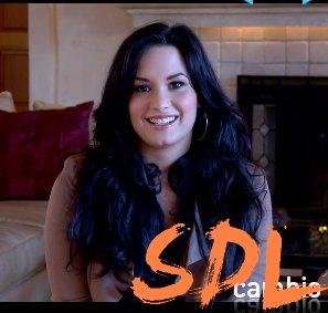 Découvrez enfin la vidéo qu'a enregistré Demi pour le site Cambio.com !