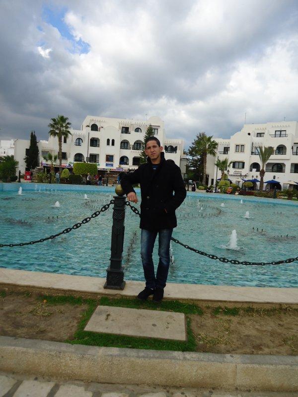Ķħălęď 2012 Tunisie