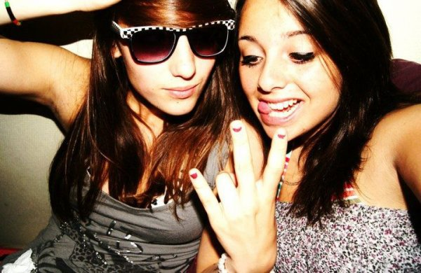 Une meilleure amie, c'est une soeur que l'on à jamais eu mais que l'on a toujours voulu avoir <3