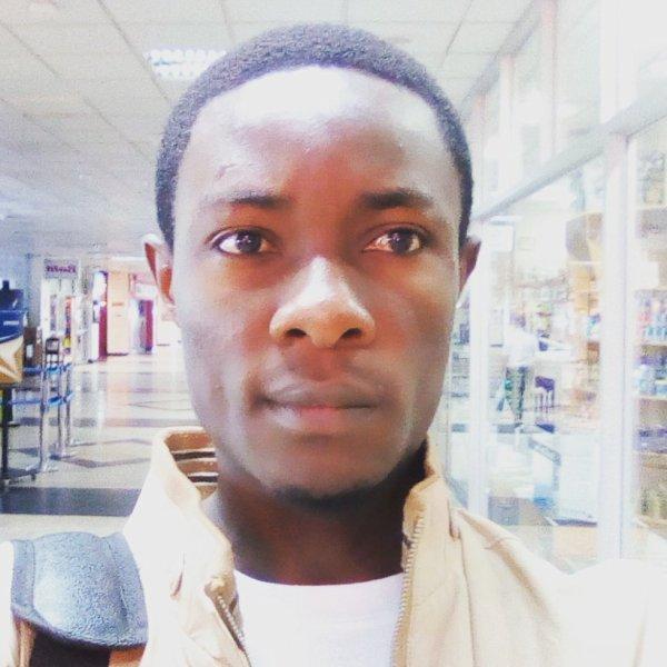 jules-mbongo  fête aujourd'hui ses 31 ans, pense à lui offrir un cadeau.Hier à 20:53