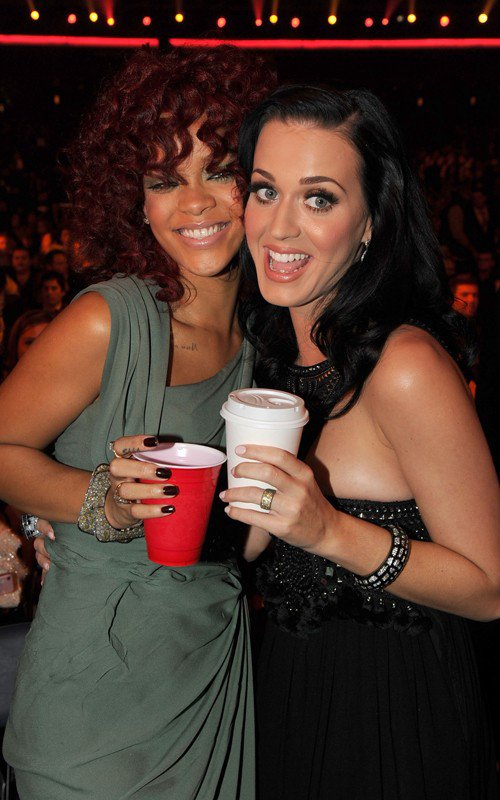 Rihanna & Katy Perry !! Quel Beau Duo ! ^^