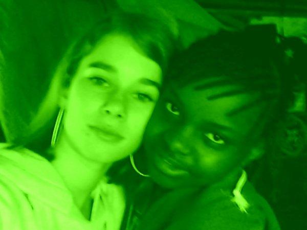 moi et missnedjeelol  ma meilleur amie plv
