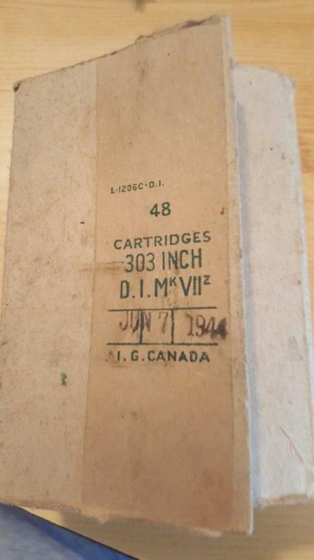 boite 303 canadienne datée du 07/06/1944