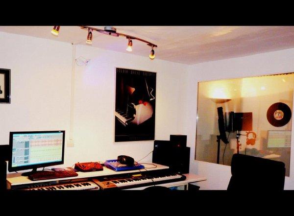 ★ ♪♪ Studio Professionel Mαт¡εяε ¡ℓℓ¡ss¡тε Music ♪♪ ★