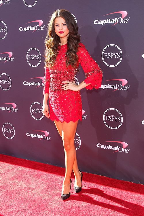 ❀Selena Gomez au The ESPY AwardsThe ESPY Awards