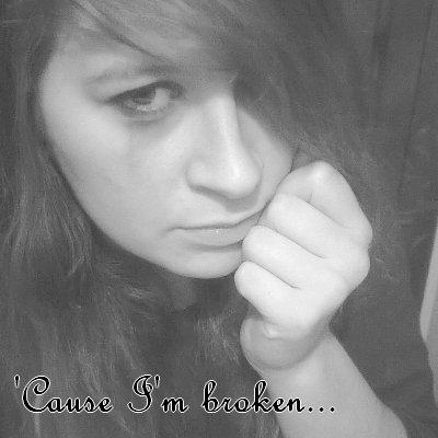 Mai débute , je suis toujours brisé...