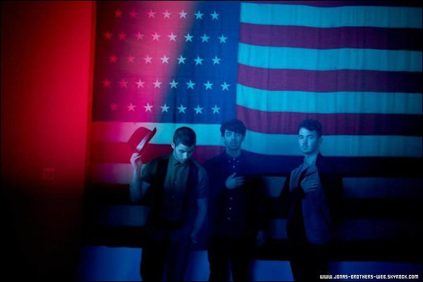 Photoshoot | Nouveau photoshoot des Jonas Brothers The Wade Brothers, New Orleans.