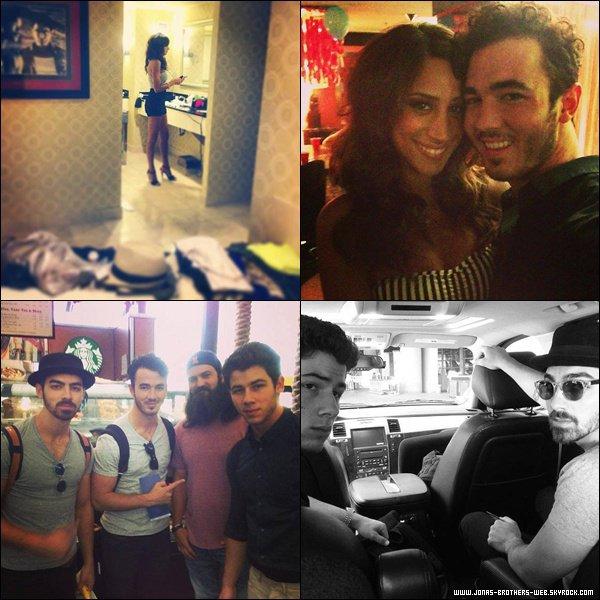 Le 17 Juin 2013 | Les Jonas Brothers à l'aéroport de L.A.