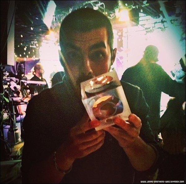 Le 19 Juin 2013|  Les Jonas Brothers ont été au O Music Awards.