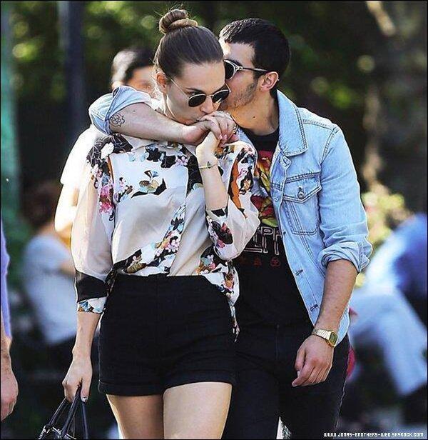 Le 06 Septembre 2013 | Joe et Blanda toujours aussi amoureux ce baladent dans New York.