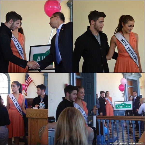 Le 07 Septembre 2013 | Nick a été soutenir Olivia à Rhode Island.