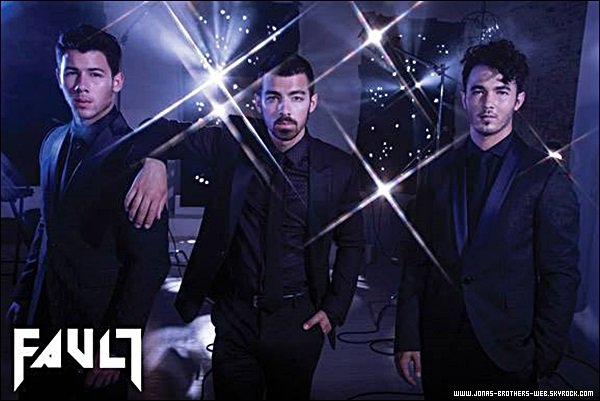 "Photoshoot | Les Jonas en couverture du magazine ""Fault"" ainsi que le photoshoot."