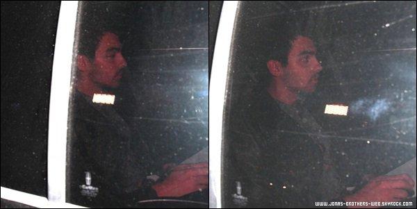 Le 16 Octobre 2013   Joe quittant le Chateau Marmont.