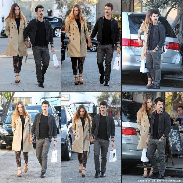 Le 30 Novembre 2013 | Nick et Olivia ont été vue à Rhode Island.