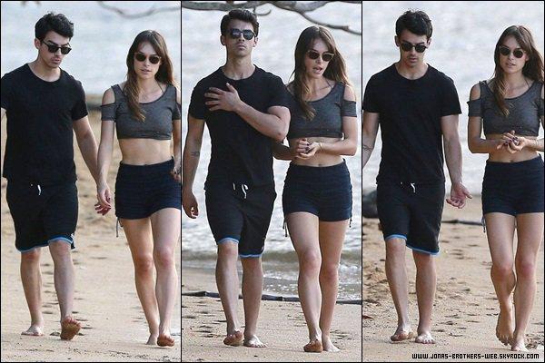 Le 05 Janvier 2014 | Joe et Blanda ont été sur la plage d'Hawaii.