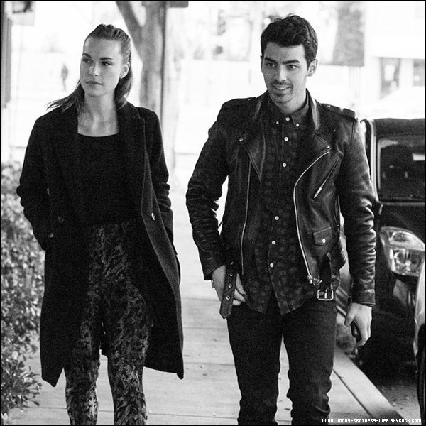 Le 30 Janvier 2014 | Joe et Blanda ensemble dans West Hollywood.